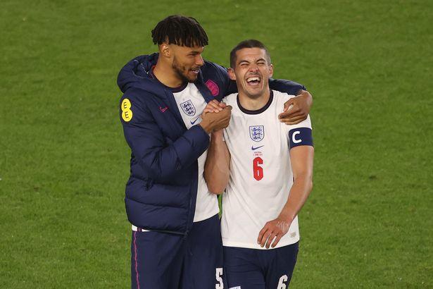 Мингс и Коуди - защитники сборной Англии